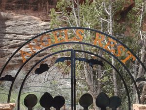 Angel's Rest sign
