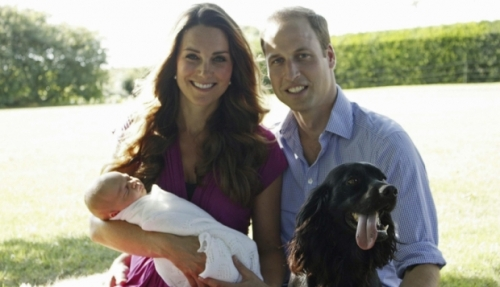 Royal Family photo with dogs