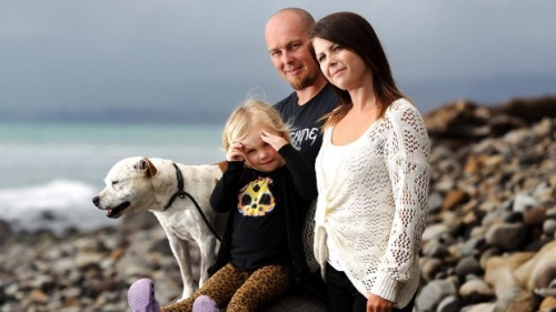 Waitara man Marc Glover, partner Alicia James and their 3-year-old daughter Saphire-Rose, are over the moon that their dog, Chaos, was found after going missing for eight days.  (Photo by Sam Scannell, Fairfax NZ)